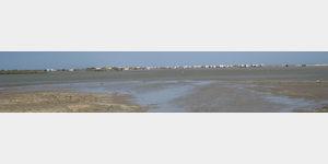 Plage-de-Piemanson -  auf der überschwemmten Flaeche standen 1 Tag spaeter zig Womo