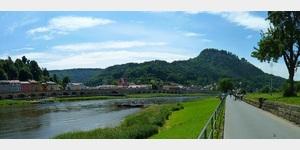 17 - Blick auf Königstein an der Elbe und die gleichnamige Festung