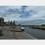 11 - vor der Hofkirche und der Augustusbrücke in Dresden