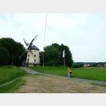 4 - Gohliser Windmühle am Elberadweg