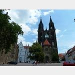 9 - links die Albrechtsburg mit dem Dom zu Meißen