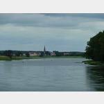 3 - kurz nach Strehla Blick über die Elbe auf Kreinitz