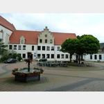 11 - Coswig, Klosterhof beim Rathaus