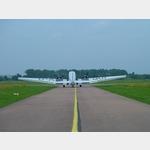 8 - Ju 52 auf dem Flugplatz Dessau auf dem Weg zum Start