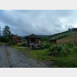 39 - Rast an der Bremer Hütte auf dem Rückweg mit Blick auf den Brocken