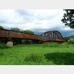 5 - verrostete Eisenbahnbrücke nahe des Klosters Corvey bei Höxter